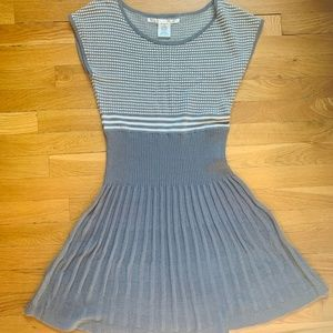 Max Studio Gray & White Sweater Dress sz M